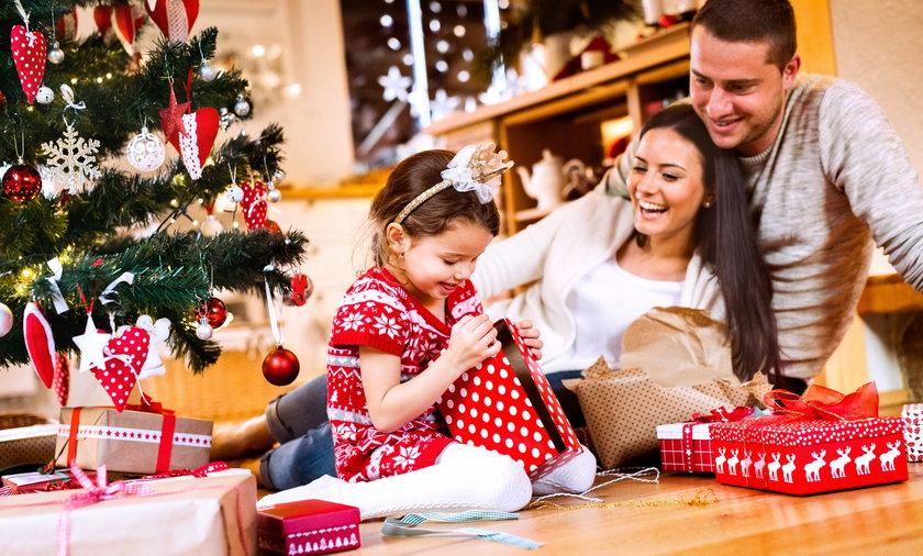 Święta Bożego Narodzenia 2020 obchodzimy w cieniu pandemii. Tu znajdziecie informacje, jakie są obostrzenia obowiązujące 24, 25 i 26 grudnia.