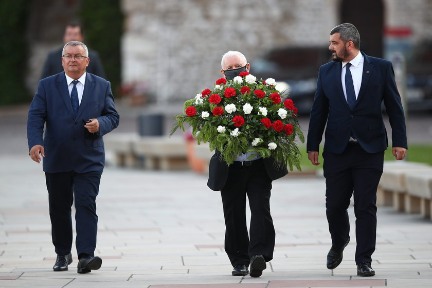Andrzej Adamczyk, Jarosław Kaczyński i Krzysztof Sobolewski