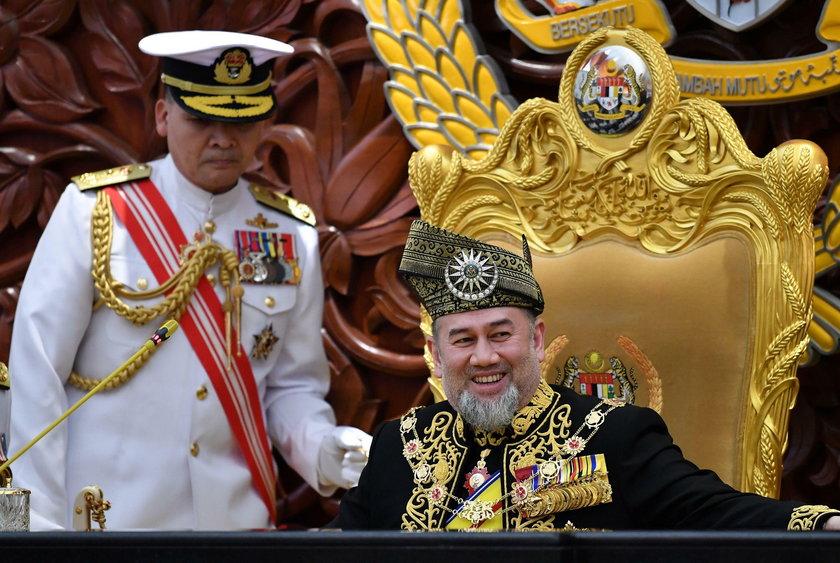 Kulisy rozwodu króla Malezji z miss Moskwy. Poszło o zdradę?