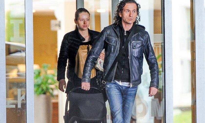 Piotr i Agata Rubik z córeczką Alicją
