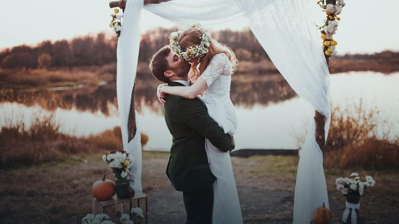 ślub Cywilny Zaproszenia Przysięga I Dokumenty Ile Kosztuje ślub