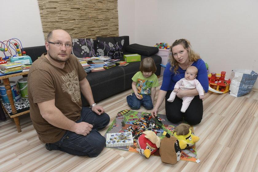 Gabryś Kalka (4 l.) z tatą Adrianem (37 l.) i mamą Dominiką Zioła (31 l.)