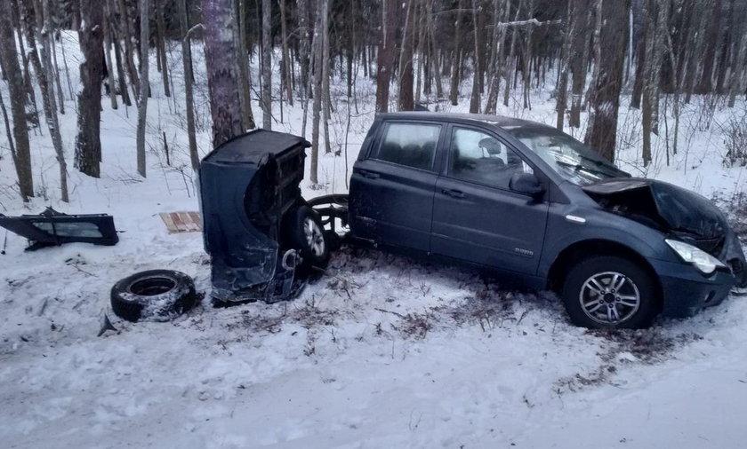Przerażający wypadek. Auto rozpadło się na pół