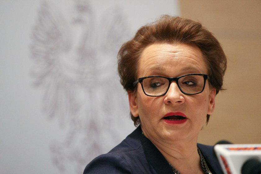 Kampania Zalewskiej z pieniędzy wyprowadzonych z PCK?