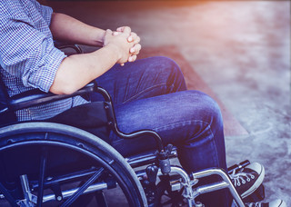 Zatrudniasz niepełnosprawnego pracownika? Możesz ubiegać się o dofinansowanie jego pensji z PFRON