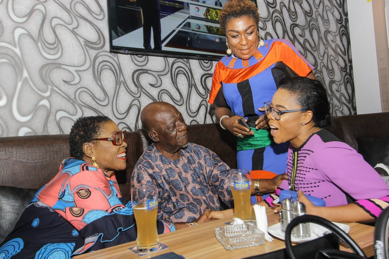 Burna Boy's mum introducing Kaffy to his grandparents [BukiHQ]