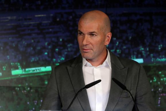 Zinedin Zidan na predstavljanju u Real Madridu