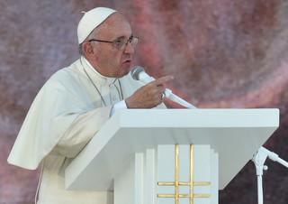 Papież w Brzegach: Cierpienie i wojna nie są już dla nas czymś anonimowym, mają imię