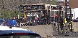 Horror we Włoszech. Kierowca porwał i podpalił autobus z dziećmi