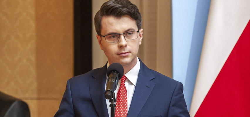 Rzecznik rządu ostrzega przed atakami dezinformacyjnymi. To może potrwać dłuższy czas