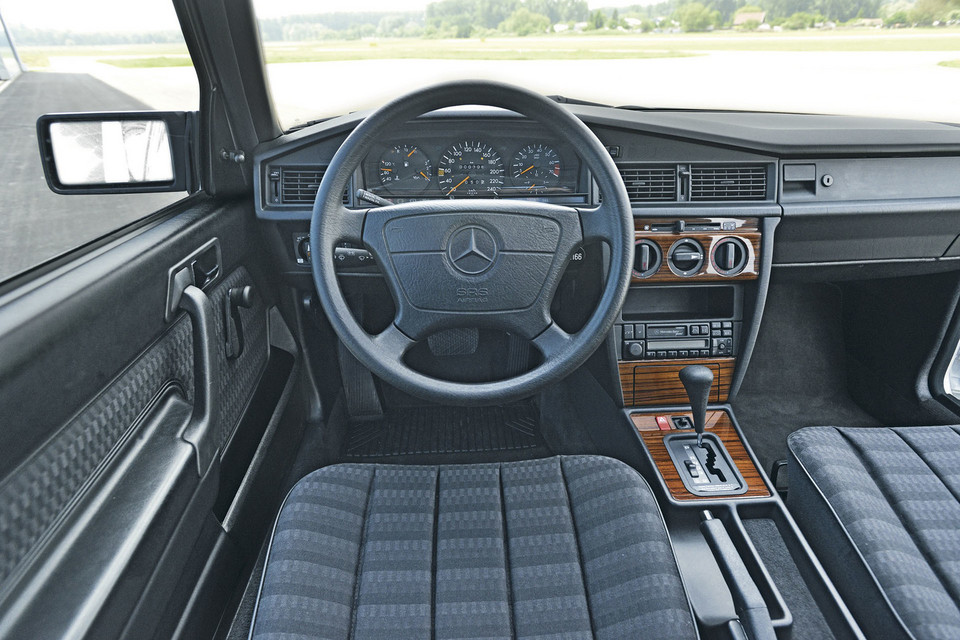 Mercedes 190E 2.6 - ten Baby-Benz ma kopa!