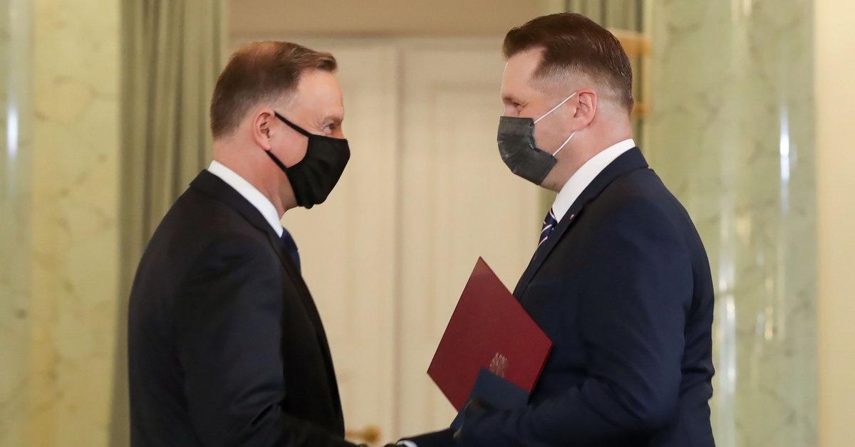 """Przemysław Czarnek nowym ministrem. Mówi o """"brutalnych atakach"""" na uczelniach - Wiadomości"""