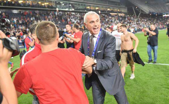 Zvezdan Terzić, generalni direktor FK Crvena zvezda, na terenu u Salcburgu prošlog leta, posle plasmana u Ligu šampiona