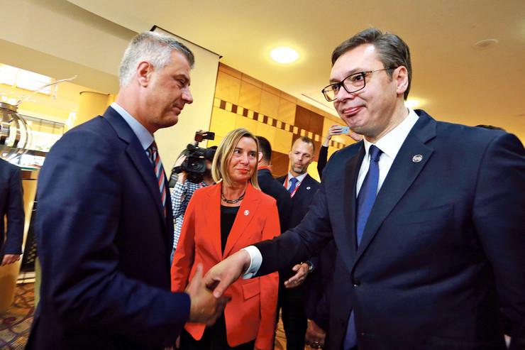 Aleksandar Vučić Hašim Tači