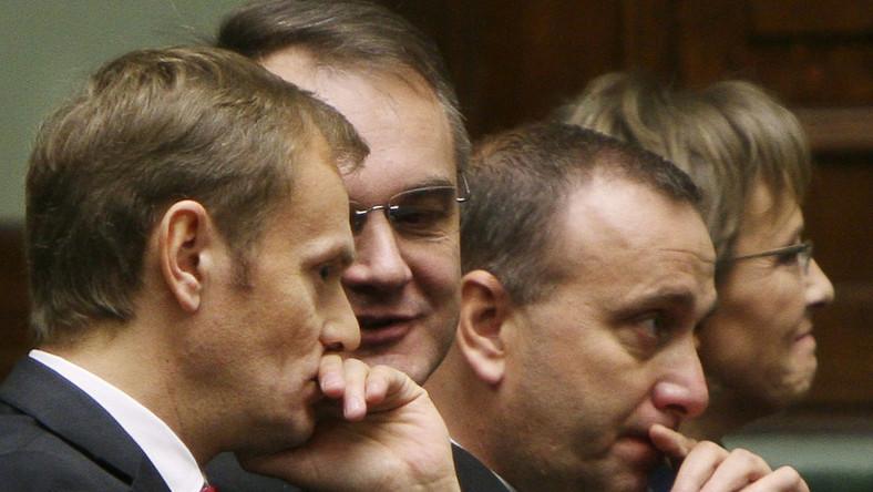 Schetyna-Tusk koniec konfliktu? Marszałek wychwala Tuska