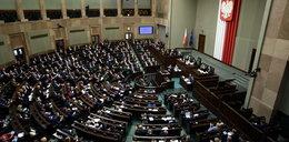 Pilnie zwołują posłów do Sejmu. Sprawa jest poważna!