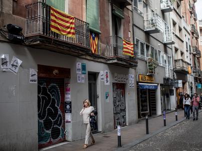 Caixabank oraz Sabadell, odpowiednio trzeci i piąty bank Hiszpanii, były pierwszymi dużymi firmami, które wyprowadziły swoje siedziby z Katalonii