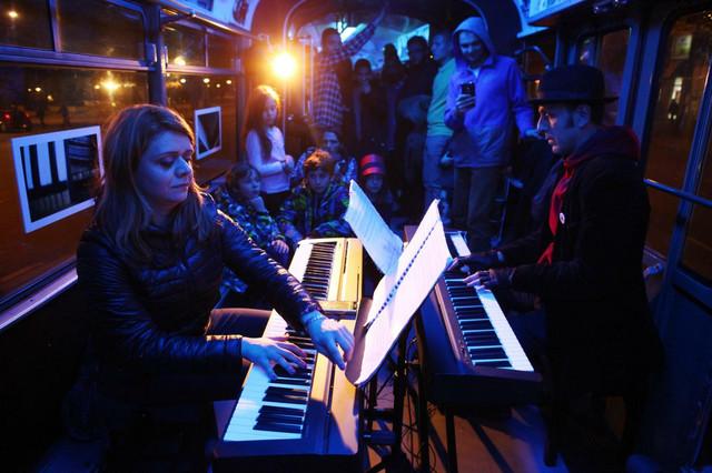 Pijanistkinja i kompoziotorka sonja lončar, deo klavirskog dvojca LP duo, kaže da je ovaj period frustrirajući za svakog umetnika