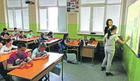 """TABLET UMESTO KNJIGE Ovako izgleda nastava u prvoj """"pametnoj"""" školi u Srbiji"""