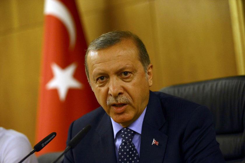 Czy za przewrotem w Turcji stoi sam Erdogan?