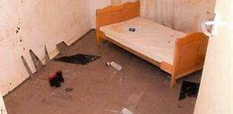 W tym pokoju więziono dzieci. Porozumiewały się jak zwierzęta