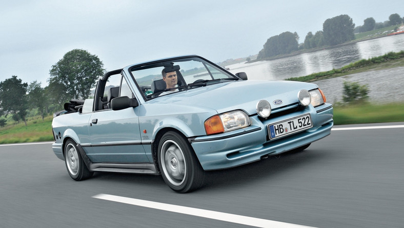 Ford_Escort_XR3i_cbi_83