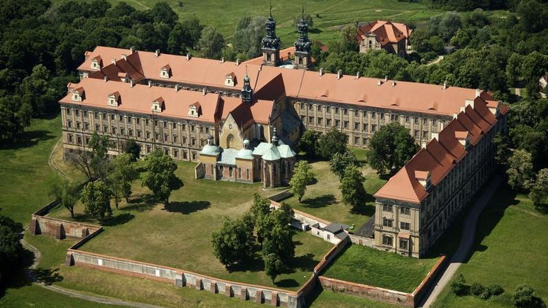 Lubiąż, klasztor cystersów