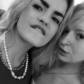 Ljubomorna Jelisaveta (22) ISKASAPILA MLAĐU SESTRU Stefaniju (17): Zavidela manekenki na lepoti i kopirala je u svemu