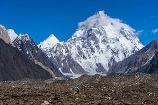 Wyprawa na K2. Pogoda uniemożliwia powrót himalaistów do bazy