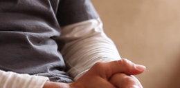 Mąż zgwałconej z Elbląga: Trudno nam wejść do sypialni