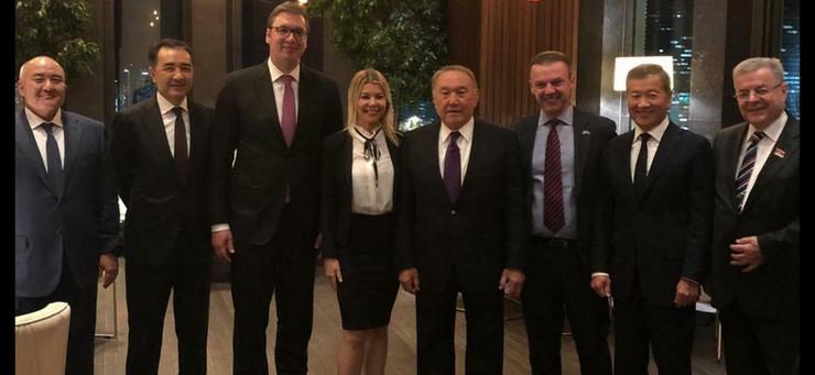 Vucic, Nazarbajev, Karic sa saradnicima