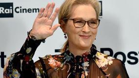 Meryl Streep w prześwitującej bluzce na konferencji. Świetna stylizacja!