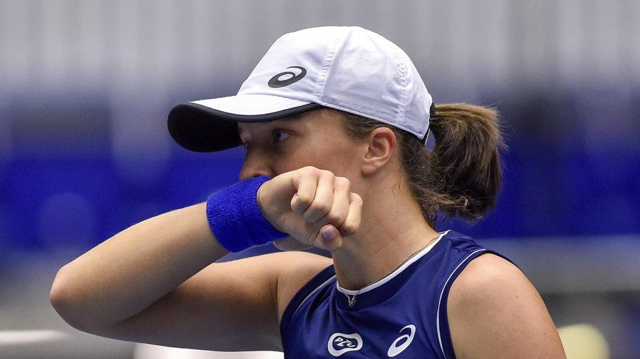 Iga Świątek musiała uznać wyższość Marii Sakkari i nie zagra w finale turnieju w Ostrawie