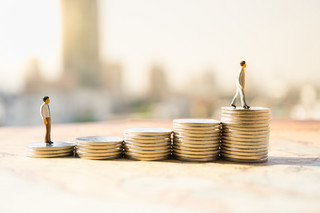 Obietnica wzrostu płacy minimalnej może robić wrażenie na prawie połowie Polski