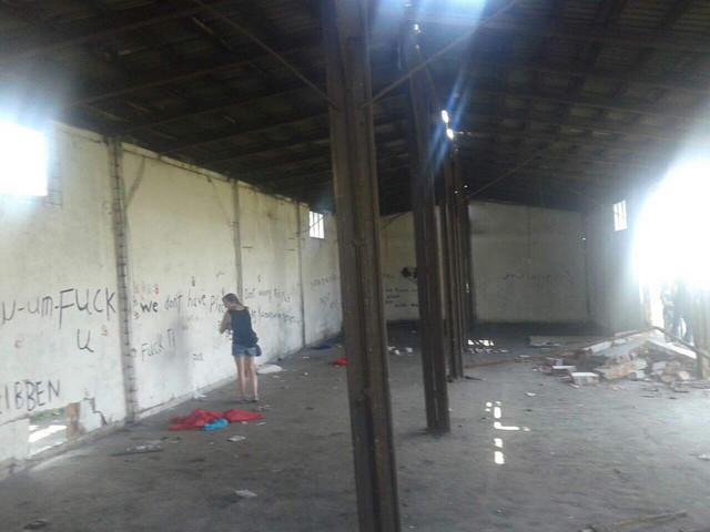Unutrašnjost barake koja je predviđena za rušenje