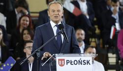 Konwencja PO. Tusk do Kaczyńskiego: Wprowadźmy do konstytucji zapis, że...