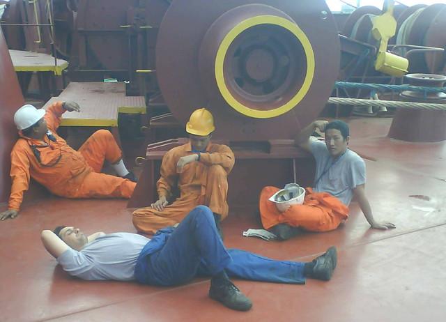 Mornari se trgli od odmora i potrčali da se zaključaju u mašinskom odeljenju