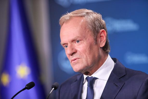 Donald Tusk zapowiadał twardą walkę o odsunięcie PiS od władzy