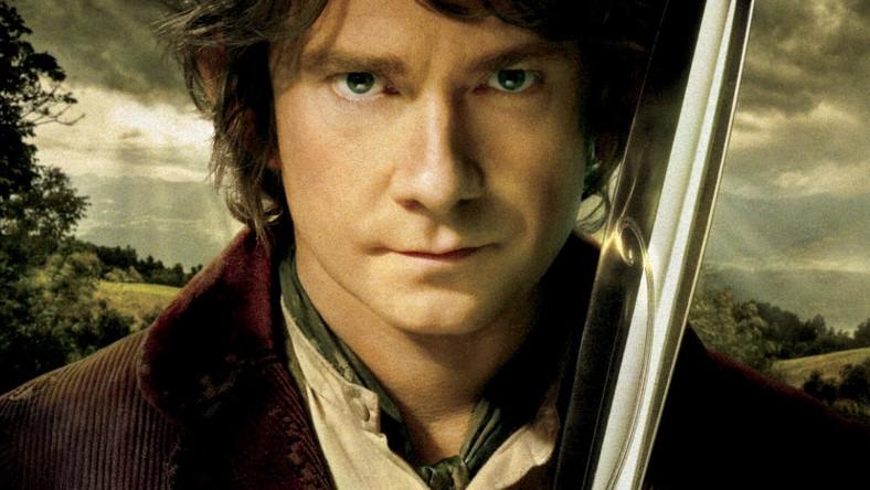 """W powieści J.R.R. Tolkiena """"Hobbit"""", której ekranizacją jest film, opisane są wydarzenia rozgrywające się 60 lat wcześniej niż te z """"Władcy Pierścieni"""""""