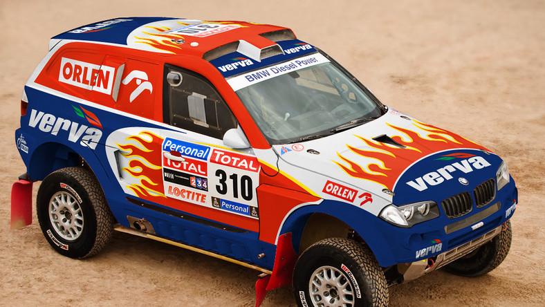 Krzysztof Hołowczyc wspiął się na piąte miejsce w klasyfikacji generalnej 33. Rajdu Dakar