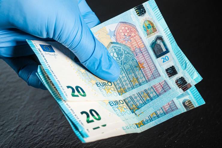 evri profimedia-0517670979 plata novac