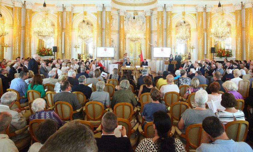 Platforma traci większość w Radzie Warszawy