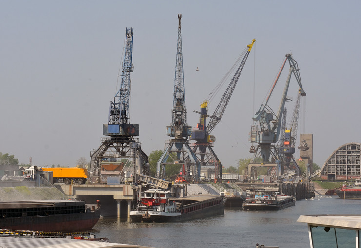 Novi Sad620 Luka brodovi foto Nenad Mihajlovic