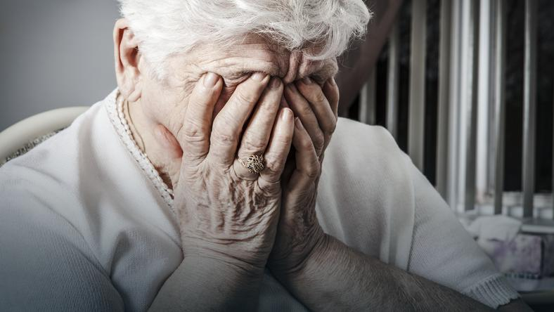 Najłatwiej zdegradować człowieka werbalnie, to jest bardzo bolesne, a nie zostawia widocznych śladów