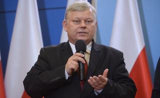 Suski: Rząd podtrzymuje stanowisko o nieprzyjmowaniu uchodźców, których nie da się zweryfikować