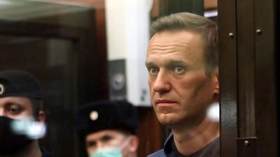 """Sąd w Moskwie uznał organizacje związane z Nawalnym za ekstremistyczne. """"Nie zrezygnujemy z naszych celów"""""""