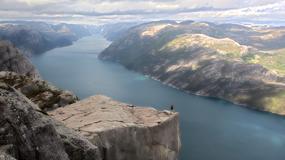 Norwegowie chcą sprzedawać powietrze z Preikestolen. Kto tyle zapłaci?