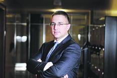 SASTANAK U SEDIŠTU SNS-A Stefanović ponudio ostavku zbog situacije u Lučanima