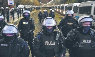 Policjanci bez kary po Strajku Kobiet i zamieszkach