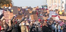 Strajk Kobiet. Warszawiacy oferują nocleg za darmo